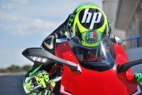 Primer plano Pol Espargaró en su moto