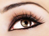 Primer plano ojo mujer