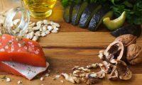 Salmón, aguacate y frutos secos