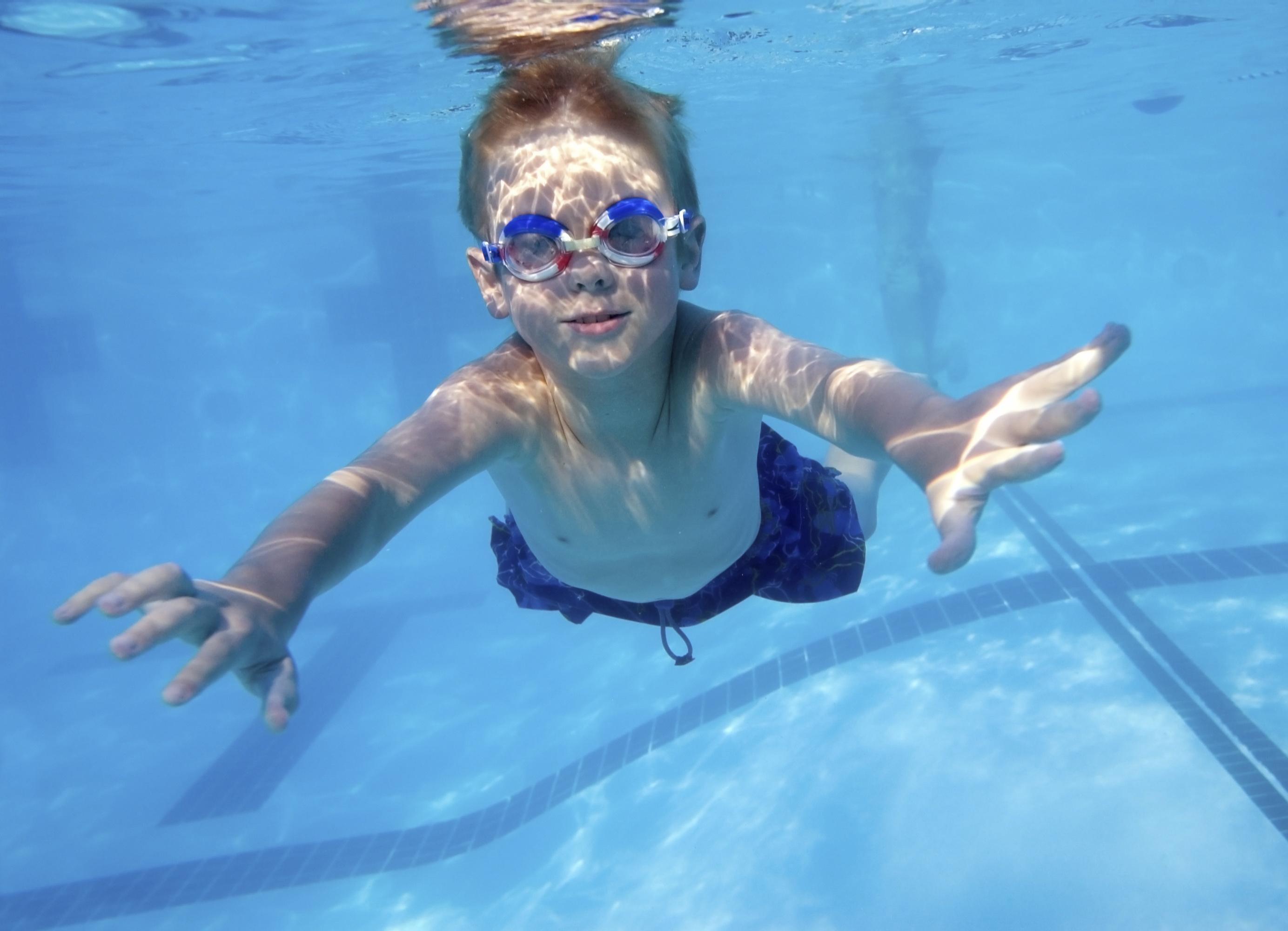 Gafas graduadas natación  te ayudamos a elegirlas   Blog de Clínica ... 3159bd4781