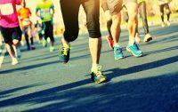 Carrera popular pies de corredores