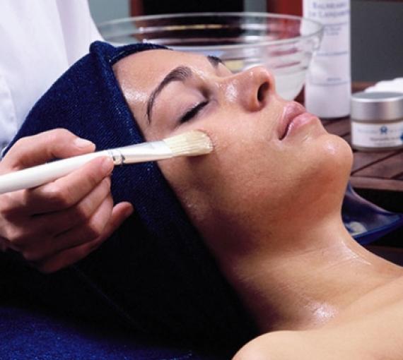 Plan Amigo de Clínica Baviera. Tratamiento facial